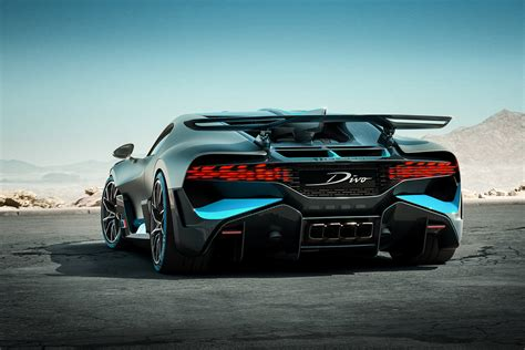 The bugatti veyron was first mentioned at the 1999 tokyo motor show and the car was green lit for production in 2001 with the first car coming. BUGATTI DIVO - New York International Auto Show