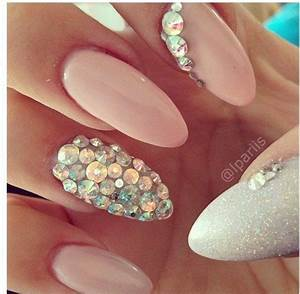 Nail Art With Ideal Crystal And Stones : Trends For Girls ...