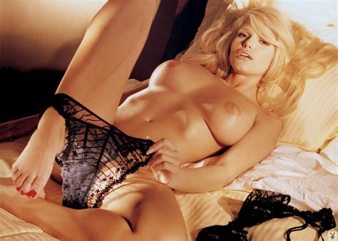 Playmates In Bed Playboy Plus Morazzia Com