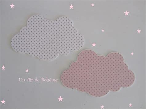 chambre fille liberty deux nuages pour decoration murale chambre enfant bebe