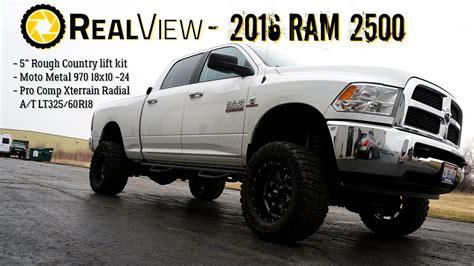 realview lifted  ram    moto metal