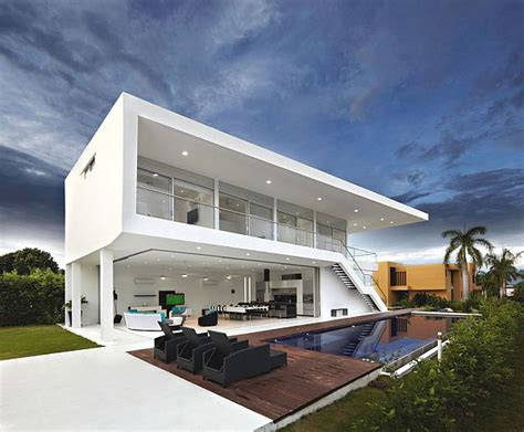 Q Design Home Colombia : Two-storey Contemporary Home In Colombia