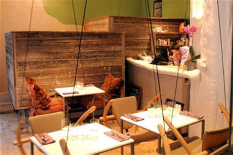 restaurant insolite  paris ou lon mange sur des