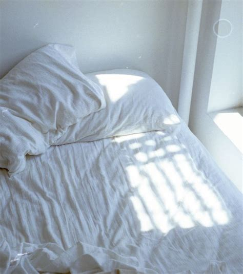 25 best ideas about white sheets on pinterest white bed