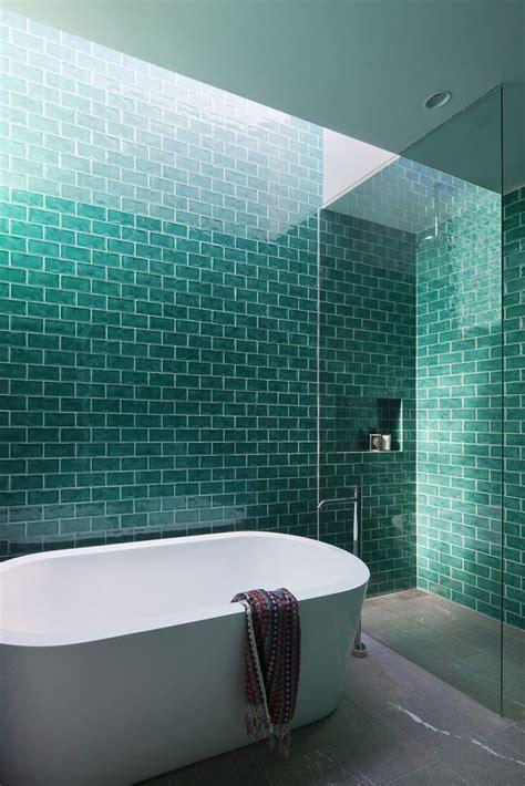 gorgeous turquoise bathroom decor ideas digsdigs