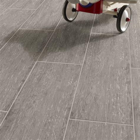 carrelage fin leroy merlin carrelage sol et mur gris effet bois cuba l 20 2 x l 80 2