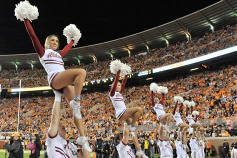 pictures  alabama cheerleaders    ready  game day