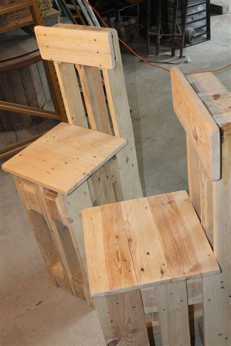 chaise palette construction chaise basse palette maison moderne