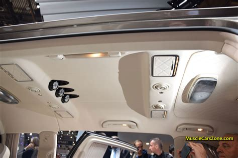 As one would expect of a maybach, there are three analogue instruments in the roof liner informing. 2015-Mercedes-Maybach-S600-Pullman-Interior-04—2015-Geneva-Motor-Show | Muscle Cars Zone!