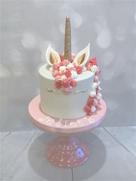 decoration anniversaire licorne pastel