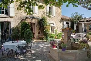 Un Mas En Provence : chambre d 39 h tes provence s jour roulotte le mas du ~ Farleysfitness.com Idées de Décoration