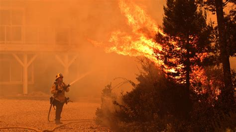 Published by google crisis response. California fires: About 560 wildfires burning right now 6 dead