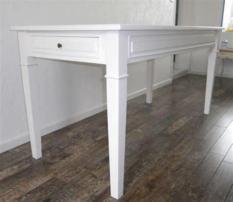table de cuisine blanche avec rallonge table de cuisine salle à manger peinte blanche anjoudeco