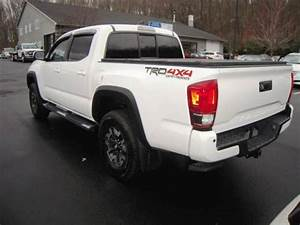 Used 2016 Toyota Tacoma Trd Off Road 4x4 4dr Double Cab 5