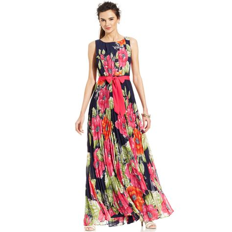 Eliza J Sleeveless Floral Pleated Maxi Dress In Red Lyst