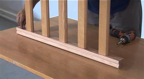 Installer Une Courante Dans Un Escalier by Fixer Une Courante En Bois