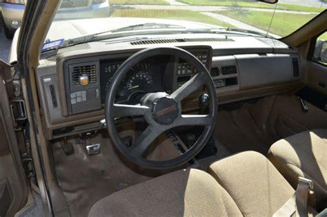 chevy     ci  litre regular cab short