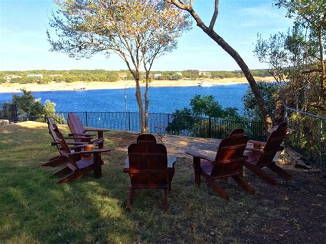 lake travis cabins classic lake travis waterfront cabin 2 br vacation cabin