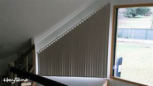 Rideau Occultant Fenetre : tringle rideau pour fenetre triangle ~ Teatrodelosmanantiales.com Idées de Décoration