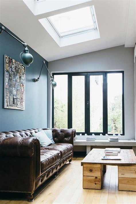 canapé chesterfield but nuances de bleu style industriel frenchy fancy