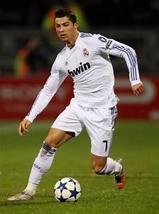 Lyon v Real Madrid - UEFA Champions League - Zimbio
