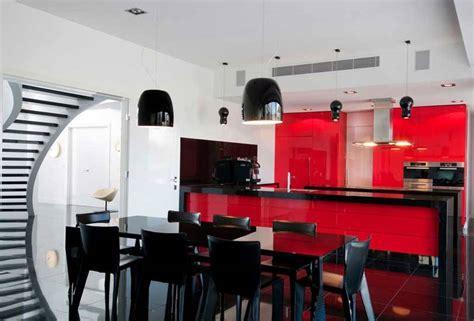 cocinas en rojo negro  blanco pisos al  pisoscom