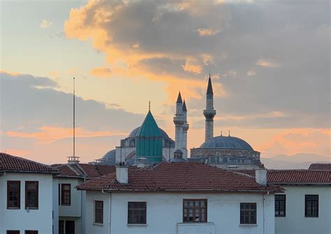 The Flâneur in Konya – Michigan Quarterly Review