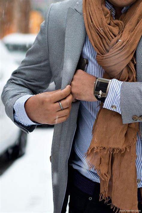 le bureau carré de soie conseils de style comment bien porter une echarpe pour
