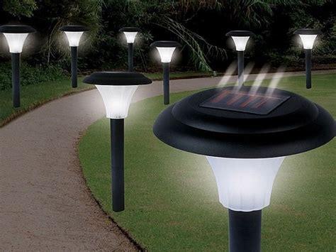 como hacer una lampara de jardin   energia solar