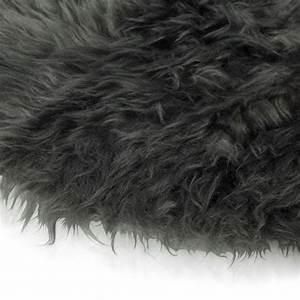 Tapis Long Poil : tapis rond poil long id es de d coration int rieure french decor ~ Teatrodelosmanantiales.com Idées de Décoration