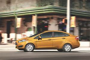 Ford Fiesta 2016 : 2016 ford fiesta review ratings specs prices and photos the car connection ~ Medecine-chirurgie-esthetiques.com Avis de Voitures