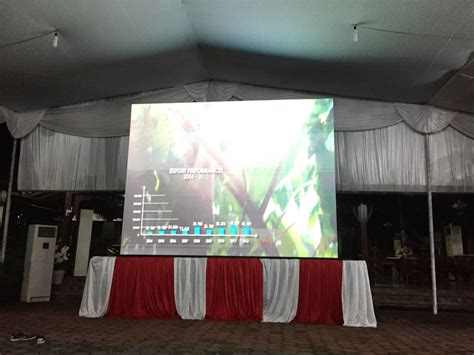 rental multimedia profesional sewa led screen display