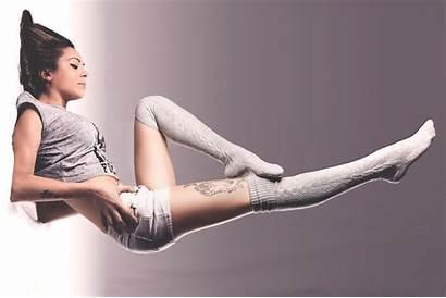 Socks Thigh Leg Pose Shoot Knee Flash