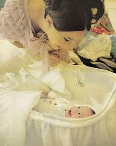 Barbra Streisand and her baby son, Jason | BARBRA ...