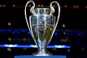 4×08 Europa Estación Central: UEFA Champions League ...