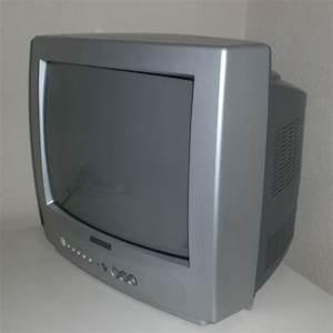 Petite Tv Ecran Plat : t l tout doit disparaitre ~ Nature-et-papiers.com Idées de Décoration