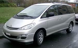 Toyota Previa Occasion : file toyota previa front wikimedia commons ~ Gottalentnigeria.com Avis de Voitures