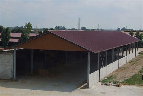 fienili prefabbricati capannoni uso agricolo miglioranza sandrigo vicenza italy