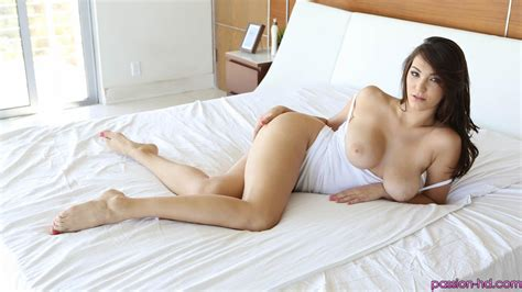 holly michaels enjoys a little intimate time by herself in anticipation of her man coming home