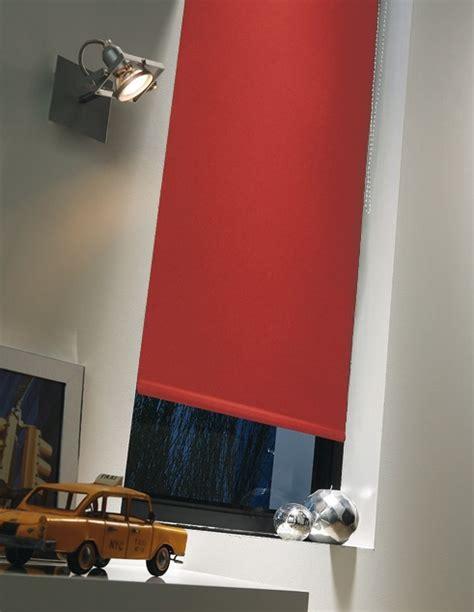 store pour cuisine store enrouleur moderne occultant photo 15 20 pour une protection visuelle à 100 a