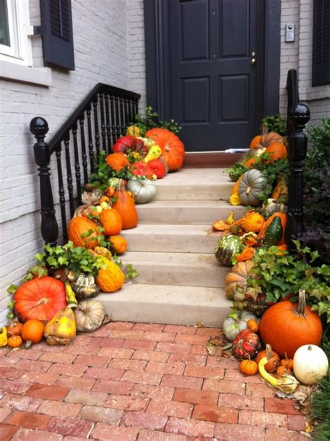 fall front door ideas 67 cute and inviting fall front door d 233 cor ideas digsdigs