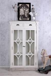 Vitrinenschrank Weiß Landhaus : vitrinenschrank vintage weiss bestseller shop f r m bel und einrichtungen ~ A.2002-acura-tl-radio.info Haus und Dekorationen
