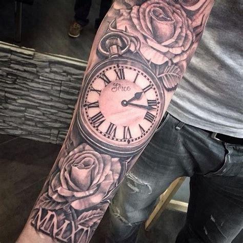 tatouage géométrique homme les 25 meilleures id 233 es de la cat 233 gorie horloge tatouages horloge tatouage montre et