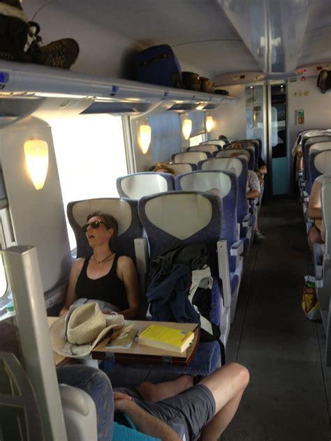 intercit de nuit siege inclinable tous nos trains sont climatisés assure la sncf ou