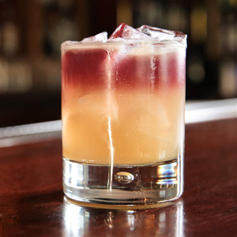 whiskey cocktails new york sour cocktail recipe