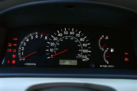 toyota corolla dashboard lights toyota corolla warning lights pictures to pin on pinterest