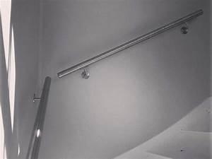 Handlauf In Wand : handlauf f r ihre treppe aus edelstahl eiche jatoba gel ~ Markanthonyermac.com Haus und Dekorationen