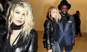 Fergie channels edgy look at LFW show in leather jacket ...