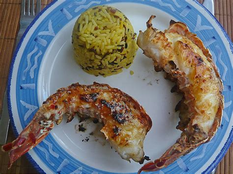 cuisiner queue de langouste queues de langoustes grillées recettes astuces et déco