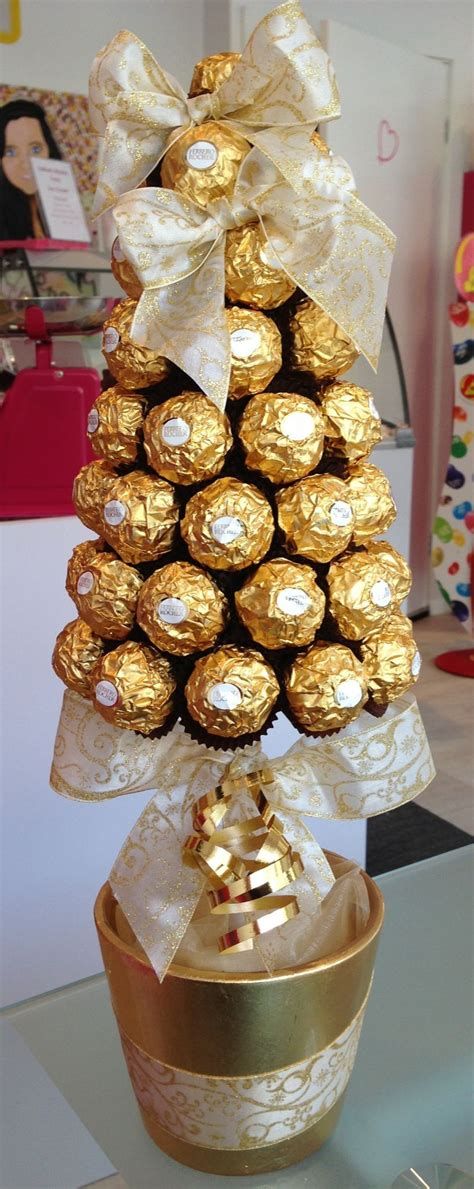 roche christmas tree ferrero rocher cone tree 163 30 00 букеты из конфет cone trees 30th and gift